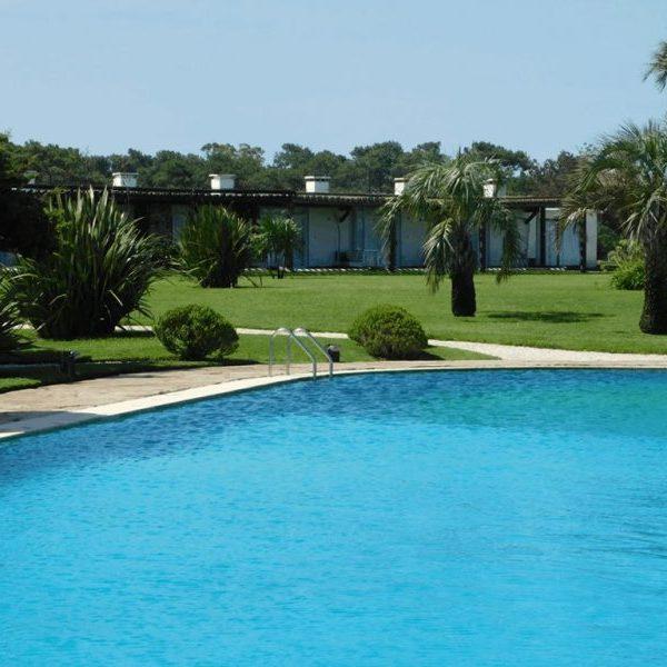 piscina tio tom punta del este uruguay